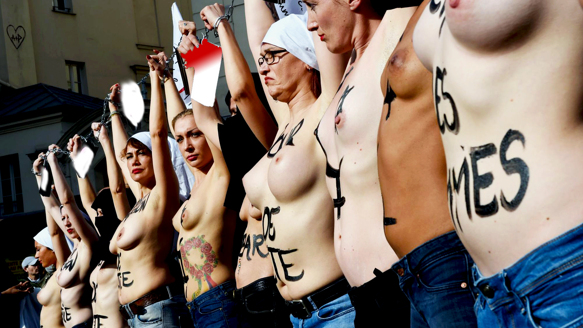 Topless beachgoers protest nh town's discriminatory ban